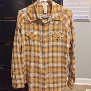 Wrangler Pearl Snap Gold Shirt- NWOT